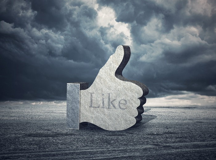 What are the benefits of facebook likes for your e-commerce business?
